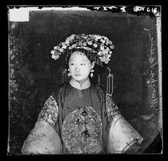 a-manchu-bride-beijing-1871-2.jpg