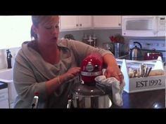 How to shred chicken with stand mixer Poached Chicken, Stand Mixer, Shredded Chicken, Kitchen Aid Mixer, Kitchen Hacks, Poultry, Cooking Tips, Fence, Helpful Hints