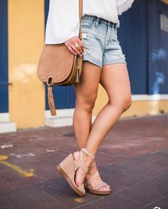 Here's a peek at what's coming up on the blog with @vincecamuto tomorrow! Have you ever seen such pretty nude wedges? Shop this look along with more of my VC faves before they hit the blog with @liketoknow.it! http://liketk.it/2qO0A #liketkit #LTKShoeCrush 📷 by @mpreau