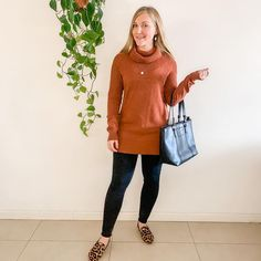 Julya (@capsullette) • Cinnamon tunic + black leggings + leopard flats #capsullette