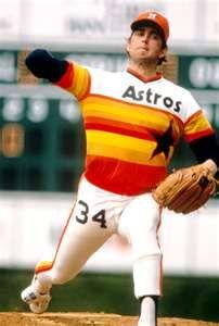 Nolan Ryan dressed as a human popsicle thanks to Houston Astros.