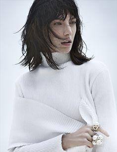 Vogue Rússia June 2014 | Jacquelyn Jablonski by Emma Tempest