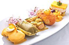 Appetizer - Piqueo Peruano   yum!  Papa a la huancaina, humita, ocopa, papa rellena, causa. <3