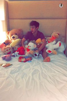 Cameron dallas❤️❤️❤️ I want you for Valentine's Day and all of your love and gifts from you❤️