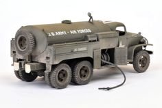US 2 1/2 Ton 6x6 Airfield Fuel Truck