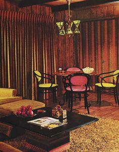mach die musik von damals nach Vintage Room, Vintage Kitchen, Vintage Decor, 1960s Kitchen, Kitchen Modern, 1940s Decor, 60s Home Decor, Vintage Interior Design, Vintage Windows