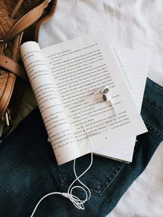 Nothing is better than perfect book and music ♡♡