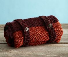 Knit this easy+ car blanket that is easily stored in the smallest of spaces!