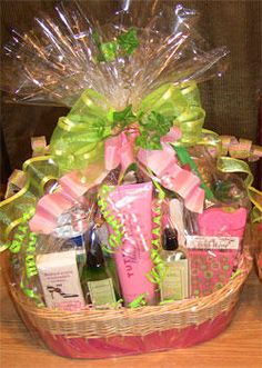 AKA pink and green gift basket Aka Sorority Gifts, Greek Crafts, Pink Apple, Alpha Kappa Alpha, Gift Cake, Party Food And Drinks, Green Gifts, Necklace Charm, Charm Bracelets