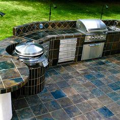 Outdoor Kitchen with Evo Circular Cooktop #Evo