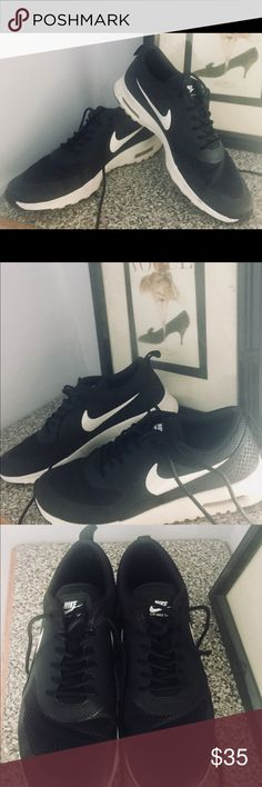Sz 8.5 Nike Air Max Thea Black and White Sneakers Size 8.5 US; Black and white; Nike Air Max Thea casual shoe;  Light weight, durable and comfortable. Air sole unit to absorb shock. Lightly worn.  Versatile design to go with anything! Nike Shoes Athletic Shoes