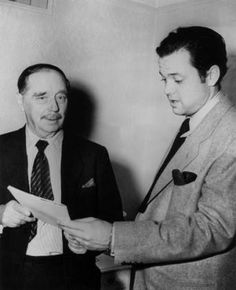 HG Wells and Orson Welles Photo taken following Welles' radio dramatization of Wells' book, The  War of the Worlds, which sparked widespread panic from listeners who  thought the alien invasion described in the story was real. Read more  about it here. Bonus Audio: Radio interview of Wells by Welles