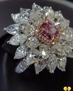 """Mi piace"": 880, commenti: 8 - Novel Collection (@novelcollection) su Instagram: ""As specialists in Fancy Color Diamonds, Novel Collection takes pleasure in bringing you the rarest…"""