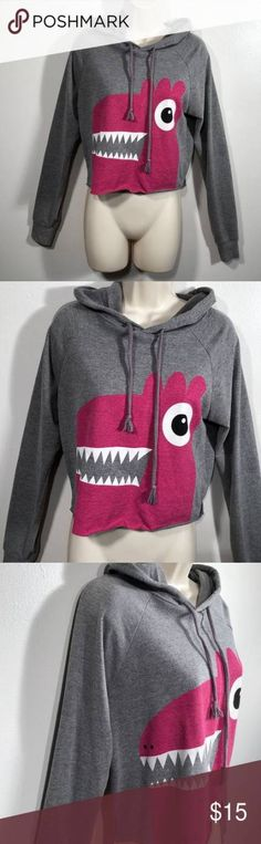 Ideas For Sweatshirt Cropped Forever 21 Sweatshirt Refashion, Sweatshirt Outfit, Grey Sweatshirt, Winter Dress Outfits, Casual Dress Outfits, Halloween Sweatshirt, Cute Sweaters, Hooded Sweatshirts, Hoodies