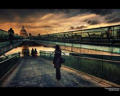 Millenium Bridge London, Jonathan Thomas