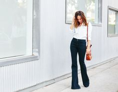 Sydne-Style-how-to-wear-denim-on-denim-flare-jeans-70s-trend-spring-summer-2015-high-waist