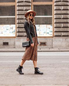 """TAMARA // FASHION & TRAVEL auf Instagram: """"Habt ihr auch so ein Lieblingsteil im Kleiderschrank, welches ihr am liebsten nie mehr ausziehen möchtet? Bei mir ist es definitiv dieses…"""" Fashion Jobs, 70s Fashion, Vintage Fashion, Fashion Outfits, Trends, Fashion Tips For Women, Suits For Women, Cool Style, Curvy"""