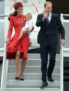 4/7/2014: Wellington International Airport, with Prince George & Prince William (Wellington, New Zealand)