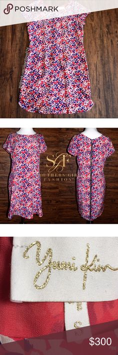 YUMI KIM Classic Dress Printed Silk Floral Mini Size Small. New Without Tags. $202 Retail + Tax.   • Beautiful & sophisticated, this printed mini dress is perfect for dressing up or down. • Features an all-over floral daisy print, short sleeves & exposed back zip closure. • Self-lined, lightweight silhouette. • Measurements provided in comment(s) section below.   {Southern Girl Fashion - Closet Policy}   ✔️ Same-Business-Day Shipping (10am CT). ✔️ Reasonable best offer considered when…