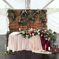 Ideas Wedding Backdrop Vintage Sweetheart Table For 2019 Wedding Arbors, Rustic Wedding Backdrops, Wedding Reception Backdrop, Wedding Table Decorations, Wedding Centerpieces, Wedding Bouquets, Table Wedding, Rustic Backdrop, Wedding Wall