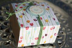 Ein flotte Schachtel ist mit dem Envelope Punch Board hergestellt. Ich verwende ja für die Schachteln...