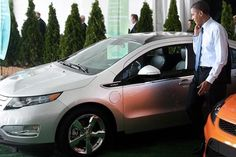 Electric Cars, Job Outsourcing Fueling US Presidential Race. President Obama inspects Chevrolet Volt EREV.