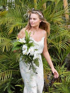 Leave it to Margot Robbie to raise the bar for bridesmaids the world over, just in time for wedding season.