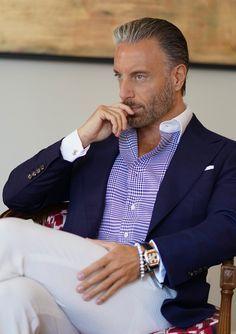 Dapper Gentleman, Modern Gentleman, Dapper Men, Gentleman Style, Gentleman Fashion, Mens Fashion Suits, Mens Suits, Classy Mens Fashion, Sports Coat And Jeans