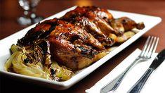«Petit truc pour un poulet savoureux et juteux : arroser la viande avec la marinade et un peu d'eau toutes les 30 minutes. Vous éviterez... St Pierre, Lime, Pork, Chefs, Meat, Cooking Food, Cornwall, Quail, Fennel