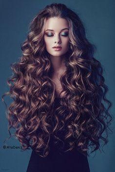 Long hair-Fashion Girl-hair color-curle-wavy