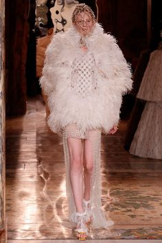 Alexander McQueen Fall 2013 from style.com