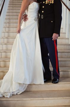I am dreaming of thiss. Wedding Pics, Wedding Couples, Wedding Styles, Wedding Ideas, Wedding Dresses, Wedding Moments, Wedding Things, Wedding Stuff, Military Brat