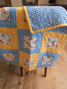 retro blue & yellow baby quilt by QuiltyGal of Adelaide, Australia