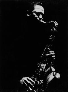 Dennis Stock, Tenor saxophonist Illinois Jacquet, New York, 1958 Jazz Artists, Jazz Musicians, Francis Wolff, Musician Photography, Photographer Portfolio, Band Photos, Music Images, Jazz Blues, Music Photo