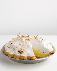 This reminds me of my mom's best food item - wish I could taste her Lemon Merengue pie one more time....sigh!