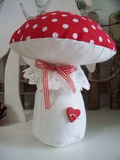 Fabric Crafts, Sewing Crafts, Sewing Projects, Diy Crafts To Do, Arts And Crafts, Handmade Toys, Handmade Crafts, Mushroom Crafts, Christmas Teddy Bear