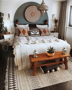 Creative ways cozy bohemian bedroom ideas for your first apartment 3 in 2020 Room Ideas Bedroom, Home Decor Bedroom, Bedroom Inspo, Bohemian Bedroom Decor, Modern Bohemian Decor, Aesthetic Room Decor, Modern Bedroom Design, Deco Design, Dream Rooms