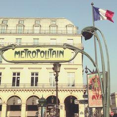 Paris, beutiful sign od metro in beautiful