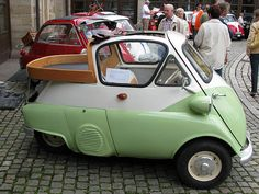 Isetta truck, i so live in the wrong country, these things are so friggin cute!