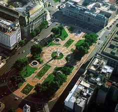 Vista aerea de la Plaza de Mayo , Buenos Aires , Argentina . . .