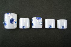Nail Art (August, 2006)  http://www.nailquick.co.jp/artchip/artchip1304.html