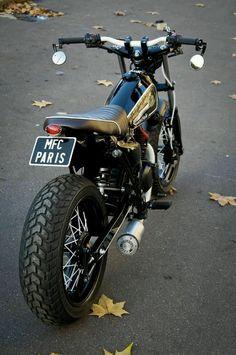 I want a pretty little vanvan Suzuki Cafe Racer, Cafe Racer Bikes, Cafe Racer Build, Triumph Motorcycles, Cool Motorcycles, Vintage Motorcycles, Bobber, Tracker Motorcycle, Suzuki Motorcycle