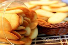 lengua de gato recipe - butter cookies. Simple recipe.