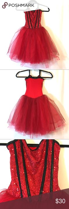 """Curtain call girls dance costume Curtain call girls dance costume, size CME which is a child's Medium. Bust is 27-29"""" waist is 23-24"""" hip 28-30"""" . Great condition- red sparkles throughout tulle curtain call Costumes Dance"""