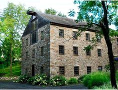 This Germanic house-mill is located in the Penn Dutch country of Lehigh County, Pennsylvania. It is the only known integrally built house-mill in the United States. Oswald's Mill offers square feet of authentic Old Stone Houses, Stone Barns, Old Houses, Farm Houses, Dream Houses, Dream Properties, Old Barns, Photo Location, Historic Homes