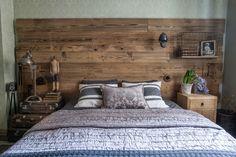 Create Your Own Wooden Headboard - Headboard Ideas - Blue Headboard, King Headboard, Cool Headboards, Headboard Ideas, Headboard Alternative, Contemporary Headboards, Small Rooms, House Design, Bedroom