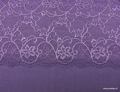 Lingeriepakket 39 paarse lycra met 2 kleurig paars kant 17cm hoog