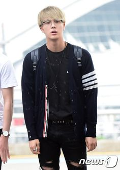 [Picture/Media] BTS at Incheon Airport Heading to Manila-Philippines [160902]