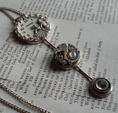 Victorian Steampunk Rhinestone Lovers Silver Tone Necklace || Jewelry, Necklace, Steampunk, Victorian, Love, Couple, Rhinestone by DreamAddict on Etsy