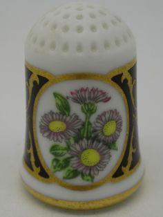 Daisy - Margarita. Franklin Porcelain. Thimble-Dedal-Fingerhut.